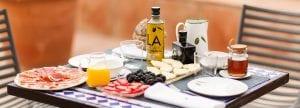la organic olivenolie på morgenbord